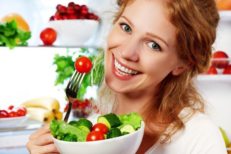làm đẹp bằng dinh dưỡng hàng ngày