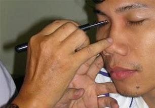 Cách sử dụng các loại cây dò để gạch trên mặt da
